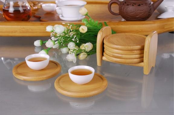 圆形竹杯垫可平放于桌面