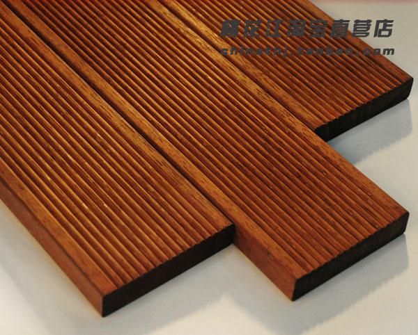 精铣、蒸煮碳化、恒温除湿、防腐防潮、拉丝胶合、切割刨光等一系列工序加工而成,具有细密清晰的纹理和坚硬的质地,经久耐用,欢迎广大客户来厂参观考察,指导工作,洽谈业务。  户外墙板的抗拉力和承重力是一般户外木地板的1-2倍,且富有良好的弹性和柔韧性能,静曲强度、弹性模量、强度也是一般户外木地板的2倍,产品密度约为0.
