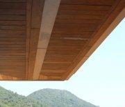 重竹板材是良好的天花吊顶及墙面装饰材料